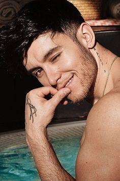 Alex Naldo male fitness model