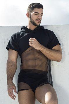 Alexander Rivera male fitness model