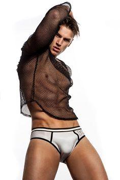 Allan Vos male fitness model