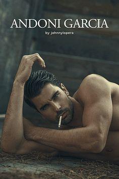 Andoni Garcia male fitness model