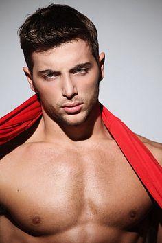 Andrea Arriviello male fitness model