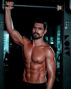 Andrei Andrei male fitness model