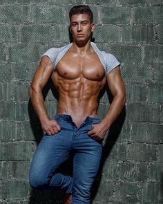 Atryom Dubovik male fitness model