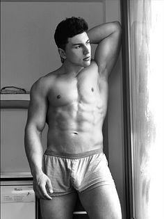 Augusto de Gamas male fitness model
