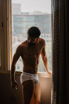 Baldo Ruiz male fitness model