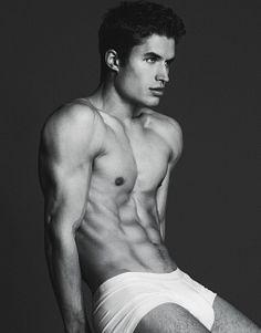 Brandon Lipchik male fitness model