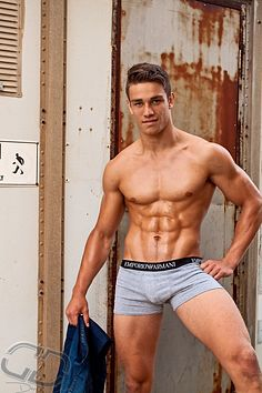 Brett Stratton male fitness model