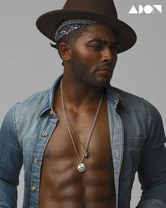 Carl Compton male fitness model