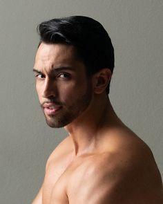 Chris Kaleio male fitness model