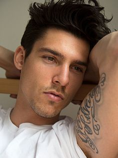 Chris Petersen male fitness model