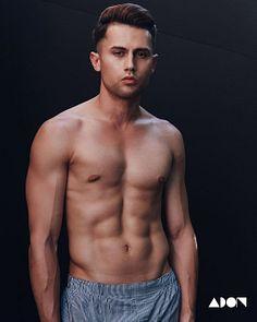 Christian Rodriguez male fitness model