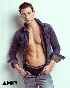 Colt Walker male fitness model