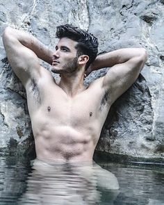 Cristián Jiménez male fitness model