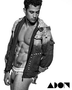 Daniel Ortiz male fitness model