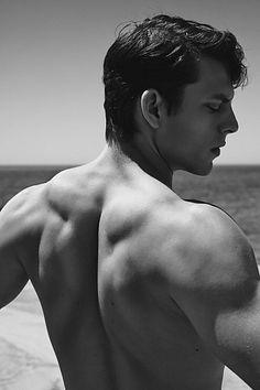 Daniel Schroder male fitness model