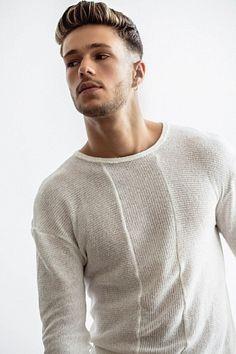 Daniel Yaffe male fitness model