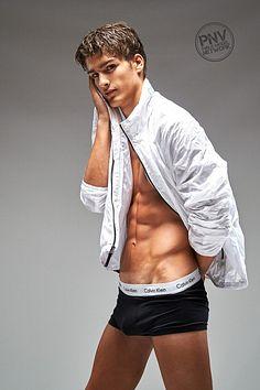 David Vega male fitness model