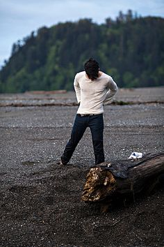 Derek Villanueva male fitness model
