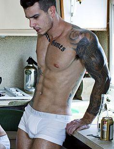 Diego de Castro Gomes male fitness model