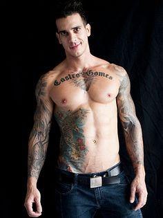 Diogo Castro Gomes male fitness model