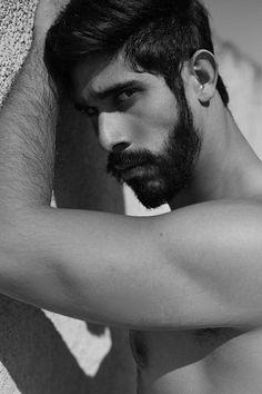 Eduardo Mengelle male fitness model
