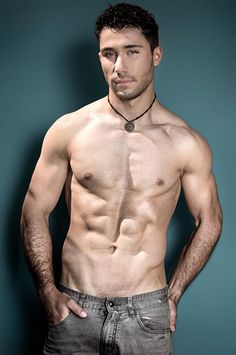 Enzo Perez male fitness model