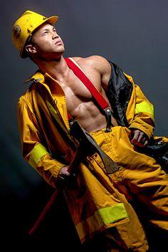 Eric Swenson male fitness model