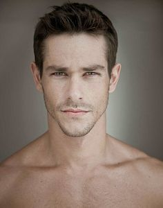 Felipe Martins male fitness model