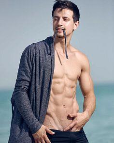Georgi Petkov male fitness model