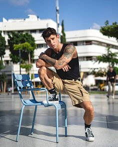 Gonzalo Lázaro male fitness model
