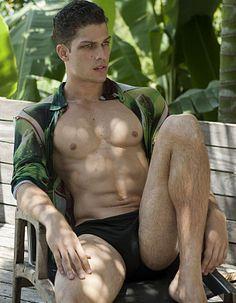 Guilherme Bravin male fitness model