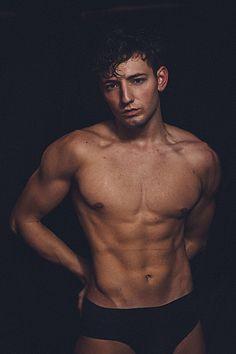 Guille Castillo male fitness model