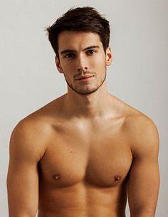Harry Rowley male fitness model