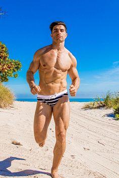 Ivan Fuentes male fitness model