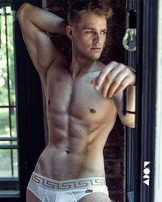 Ivan Glaz male fitness model