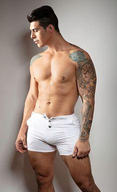 Jacob Rojas male fitness model