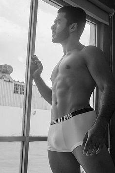Jaime Cacho male fitness model