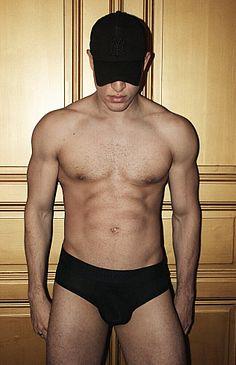 Jean Avila male fitness model