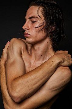 Jeremy Anderson male fitness model