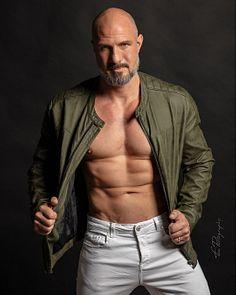 Jérôme M male fitness model
