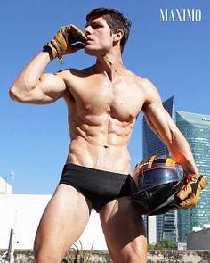 Jonathan Hurtado male fitness model