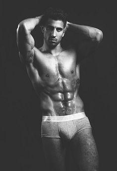 Josué López male fitness model
