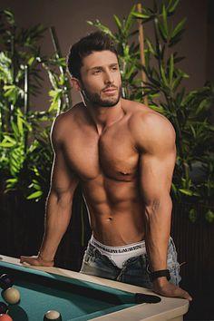 Juan Abellán male fitness model