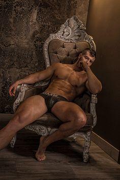 Juan David male fitness model