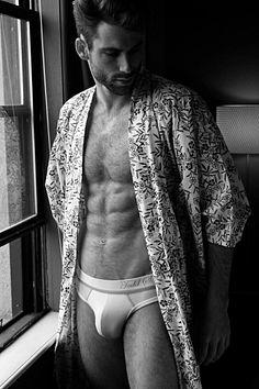 Julian Tardley male fitness model