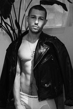 Keegan Lathe-Leblanc male fitness model