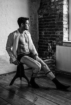 Kris K male fitness model