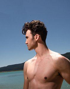 Leo Osk male fitness model