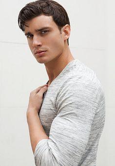 Lorenzo Cipollo male fitness model
