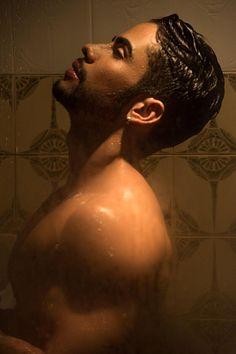 Luan Sant' Cleer male fitness model